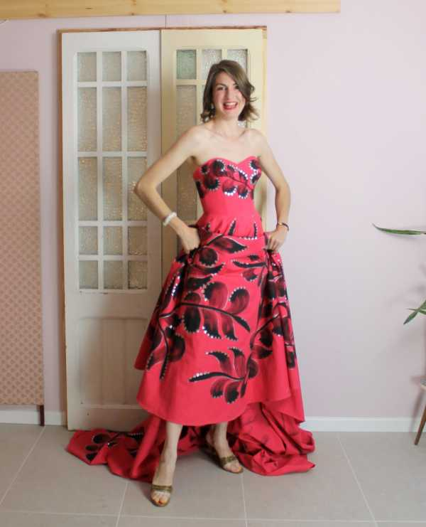 Thrive gown web